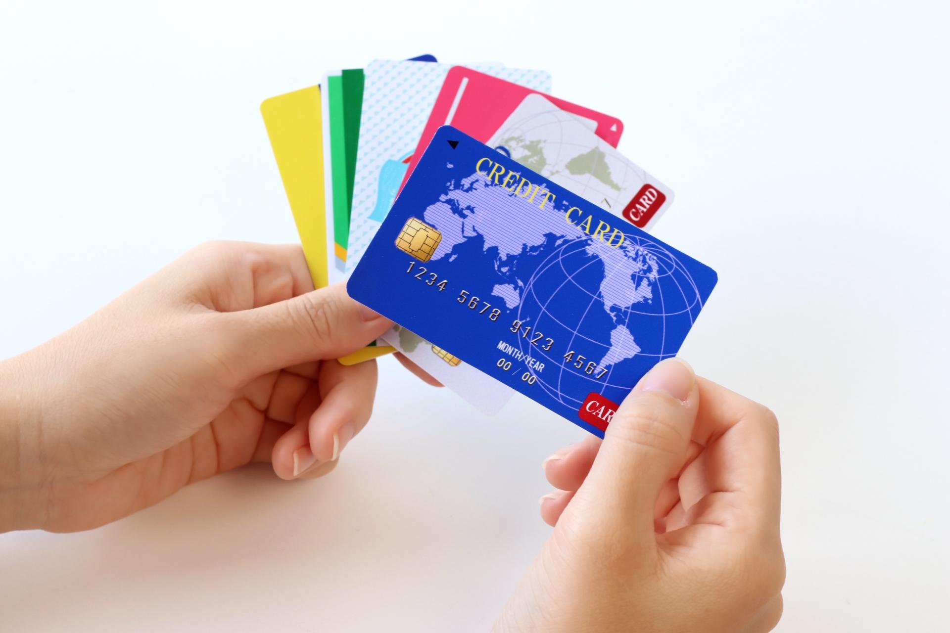 法人カードはマイルを貯めるのに最適